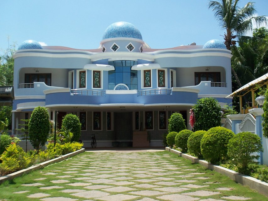 Domed courtyard twin house ambaharathur tamil nadu for Tamil nadu house model photo gallery